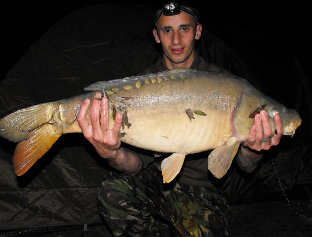 mirror_carp-caught-on-fishing-holiday-in-France
