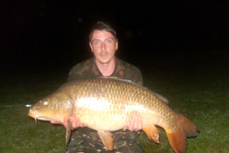 41-lb-common-carp-from-smallwater-lake-france